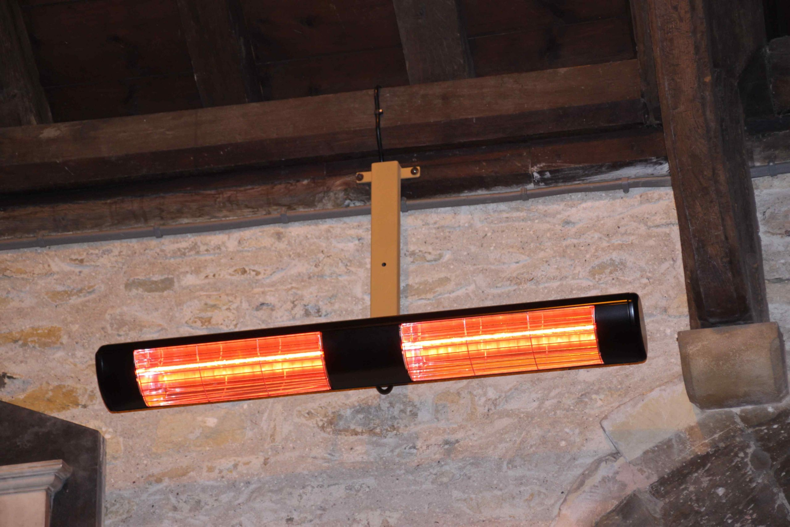 3kW Infra-red Heater with Wall Plate bracket (Short)